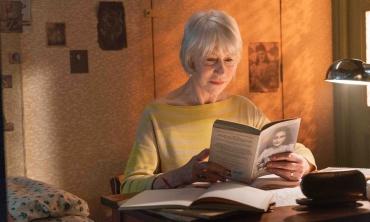 A 90 anni dalla nascita di Anne Frank, Helen Mirren ci presenta #AnneFrank. Vite parallele. A novembre al cinema