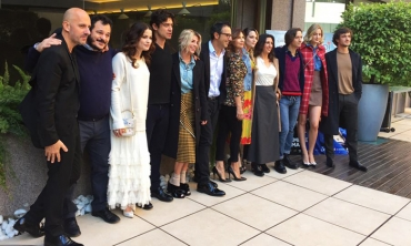 Conferenza stampa: Riccardo Scamarcio & co radunati per… La cena di Natale!