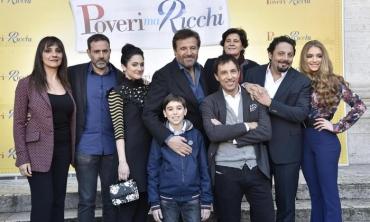 Brizzi, De Sica & co presentano i loro poveri ma ricchi