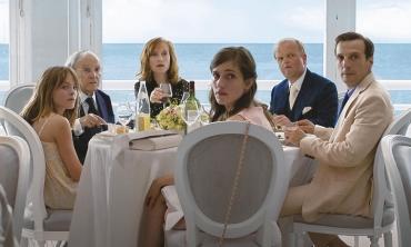 Cannes 2017: Happy End e lo smantellamento definitivo dell'ipocrisia borghese secondo Michael Haneke