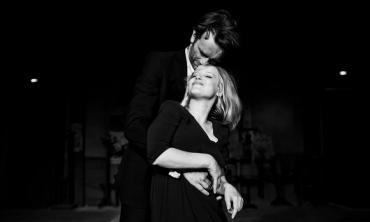 Cold War: Pawel Pawlikowski  esegue la sinfonia di un amore negato firmando un'opera di una bellezza struggente
