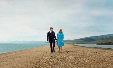 Chesil Beach – dal capolavoro di Ian McEwan un film che scandisce gli attimi salienti della deriva di un amore