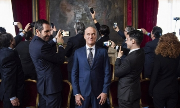 Bentornato Presidente, Bisio back in action