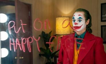 Joker: online il nuovo trailer del film di Todd Phillips, con Joaquin Phoenix nei panni del celebre villain