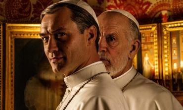 """The New Pope – Paolo Sorrentino dirige il """"mirabolante"""" seguito della serie di successo The Young Pope"""