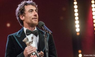Berlinale 2020, due Orsi d'Argento all'Italia: Elio Germano e i fratelli D'Innocenzo