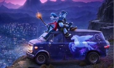 Onward – Oltre la magia. Una tenera storia iniziatica ricca di poesia e umorismo targata Pixar.