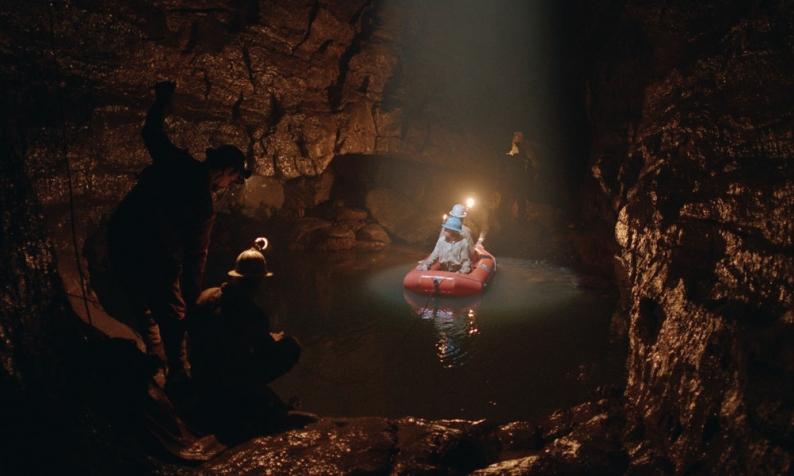 Il buco: da Venezia, Michelangelo Frammartino sbarca in sala, con una delle sue opere più apprezzate